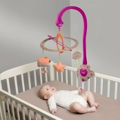 Cot Toys / Mobiles & Light Ups