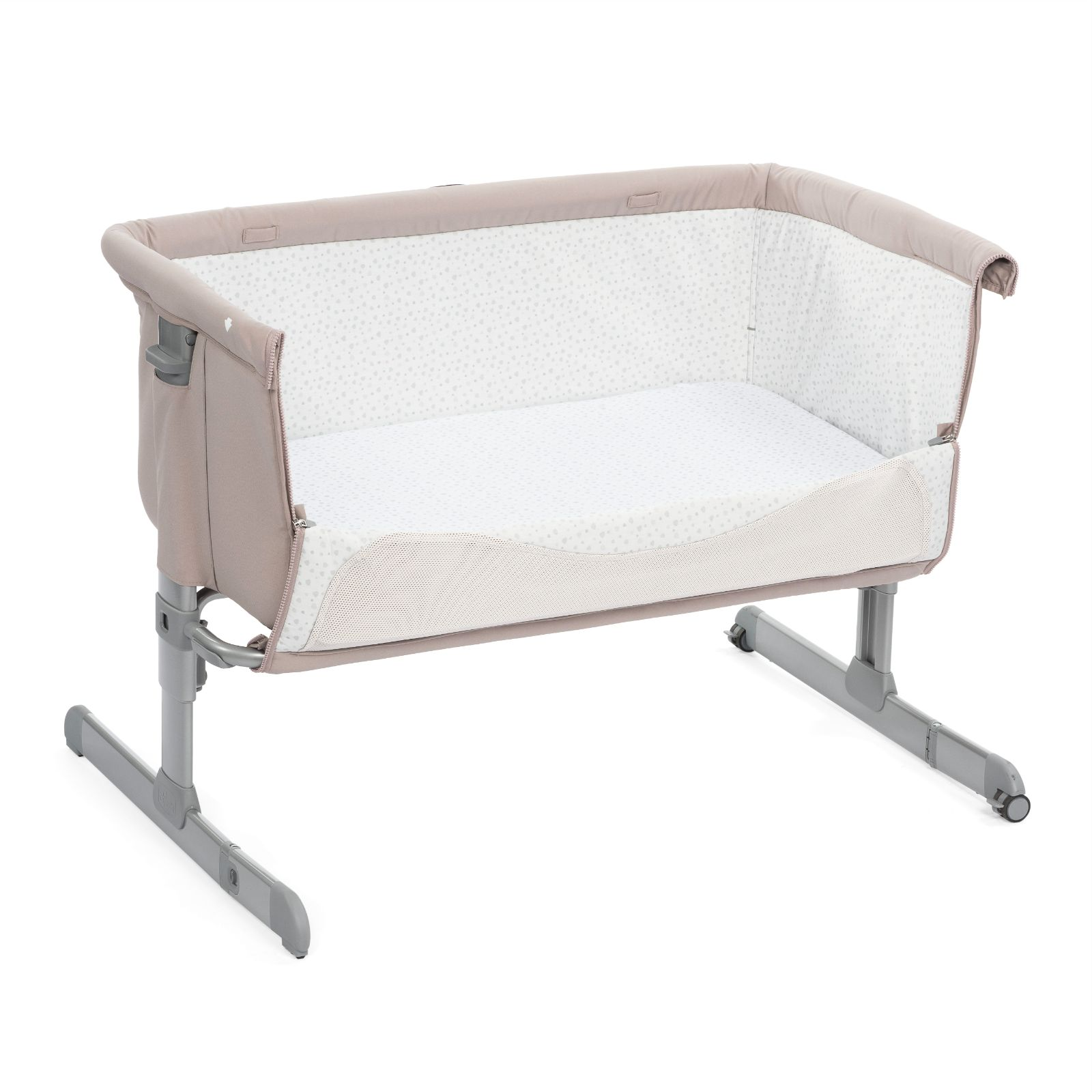 Chicco Next2me Bedside Crib With 2 Fitted Sheets Chick