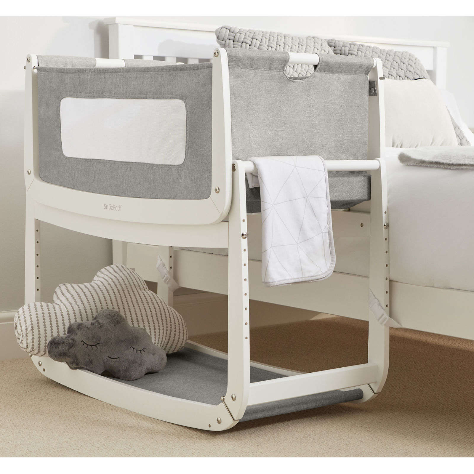 Dusk Grey: Snuz SnuzPod3 Bedside Crib 3 In 1 With Mattress & Leisure