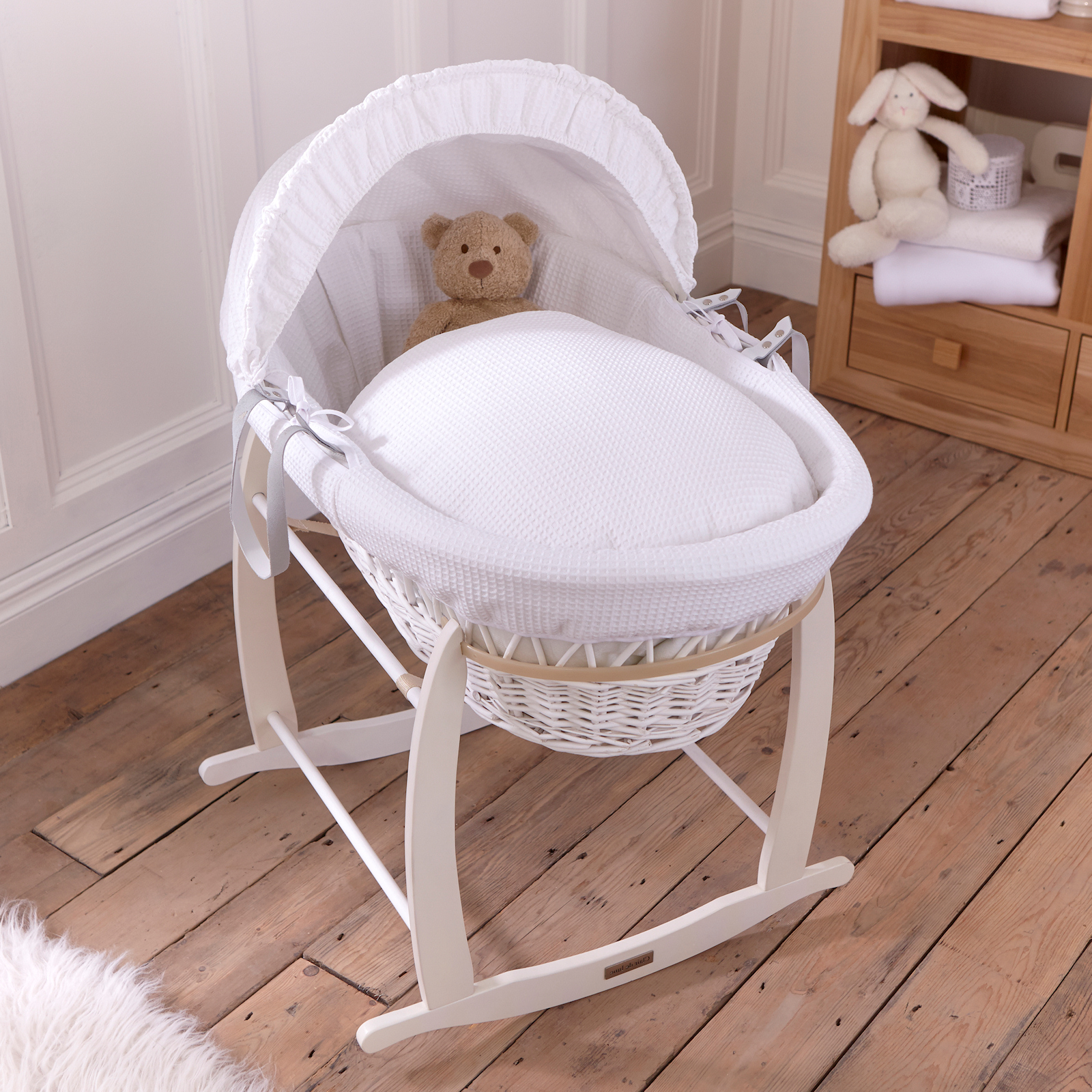 Clair De Lune Padded White Wicker Moses Basket Amp Deluxe