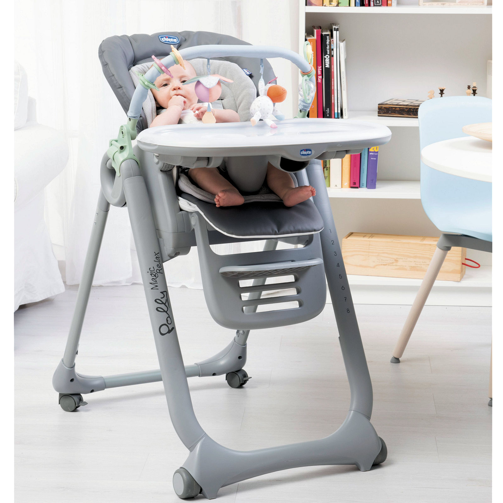 Chicco Polly Magic Relax Highchair Anthracite Buy At Online4baby