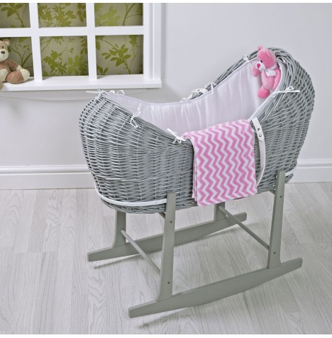 4baby 5 Piece Grey Wicker Snooze pod With Rocking Stand - Pink Zig Zag