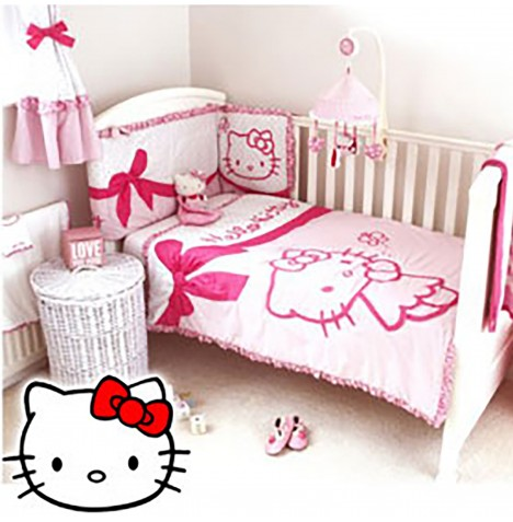 Hello Kitty Cot / Cot Bed Quilt & Bumper Set - Pink