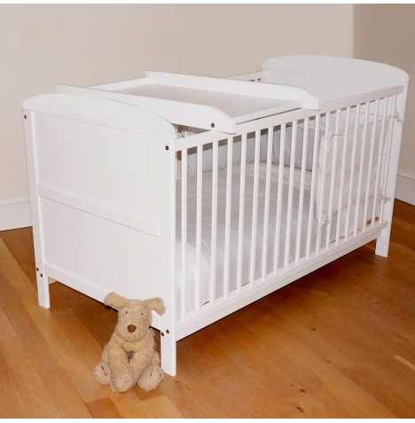 4baby white classic cot bed cotbed safety mattress cot. Black Bedroom Furniture Sets. Home Design Ideas
