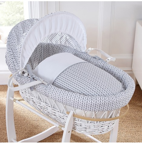 4baby Padded White Wicker Moses Basket - Seedling Grey