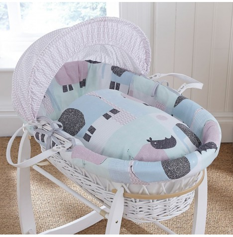 4baby Padded White Wicker Moses Basket - Ellie & Reymond