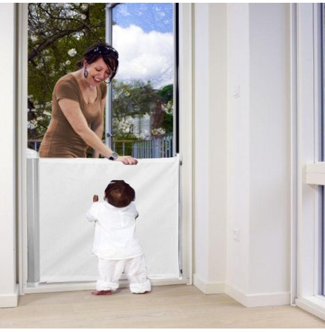 Woolibaloo Retractable Deluxe Safety Gate - White..