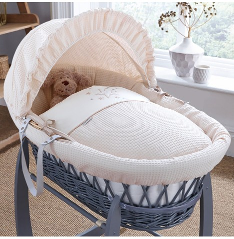 4baby Padded Grey Wicker Moses Basket - Twinkle Cream