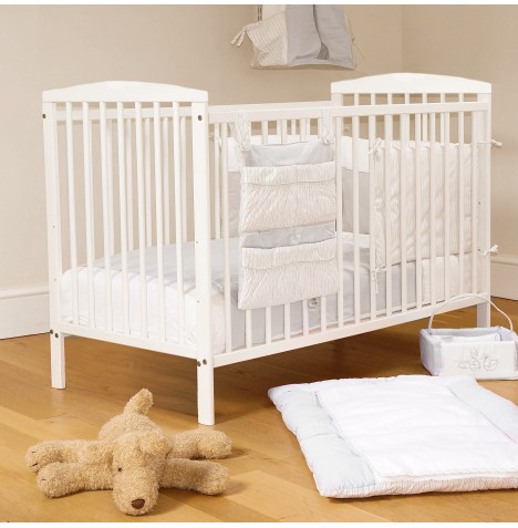 4Baby Solid Wood Eva Classic Cot With Maxi Air Cool Mattress - White