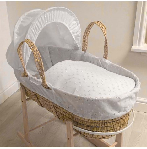 4baby Deluxe Palm Moses Basket - Broderie Anglaise White