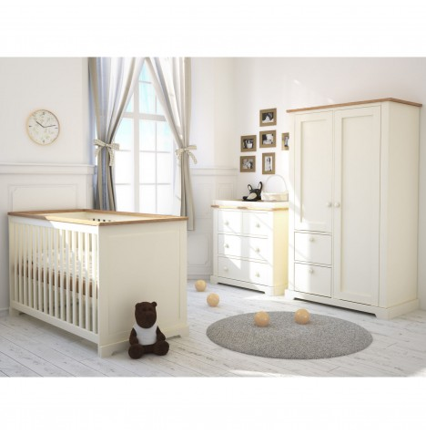 Little Acorns Ava 4 Piece Nursery Room Set - Ivory / Oak