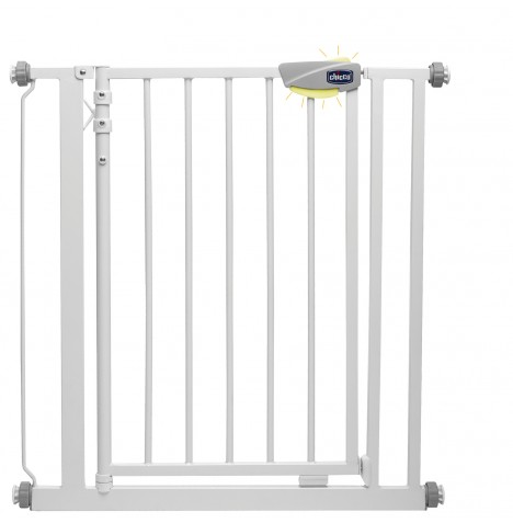 Chicco Autoclose Nightlight Baby Safety Gate - White
