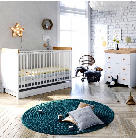 Little Acorns Classic Milano Cot Bed 5 Piece Nursery Furniture Set with Deluxe Foam Mattress - White & Oak