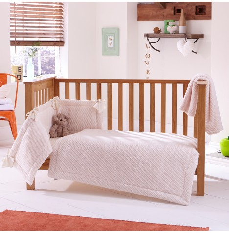 Clair De Lune Honeycomb 3 Piece Cot / Cot Bed Bedding Bale - Cream