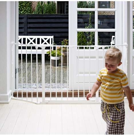 Babydan Medium Configure Gate - White