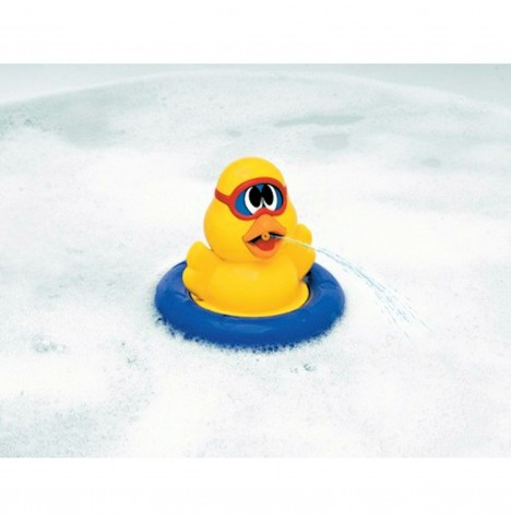 Chicco Spin N Squirt Duckling Bath Time Toy