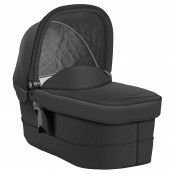 Prams / Carrycots & Baby Carriers